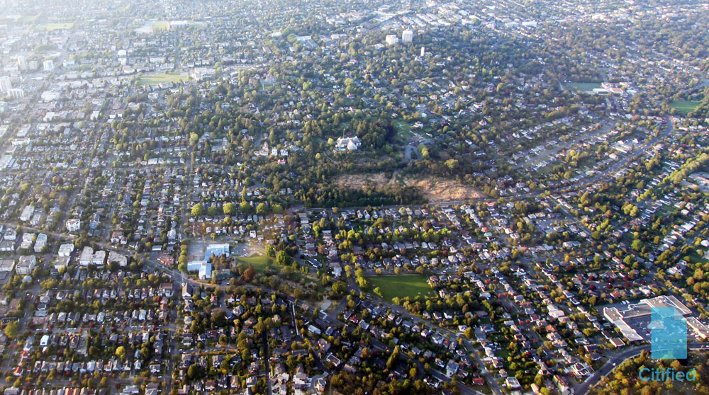 Victoria's fast-tracked garden suite program uprooted by new owner-builder exam