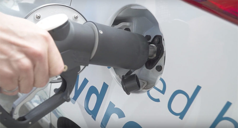 Hydrogen fuel cell 'gas station' for electic vehicles coming to Victoria